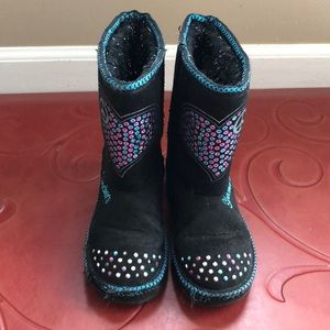 Sketchers fuzzy boots